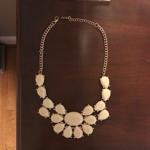 White & Gold Chunky Necklace NWT
